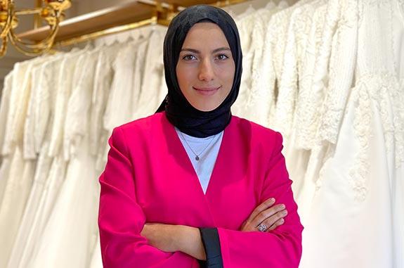 Moda Tasarımcısı Fatma Sevildi